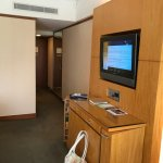 Minibar mit Fernseher