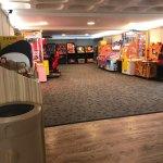 Cafe / arcade area