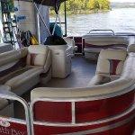 Tritoon boat rental