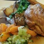 Bild från The Golden Lion Inn & Lakeside Restaurant