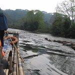 Foto de Bamboo Raft Drift