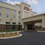 Welcome to the Hampton Inn & Suites Hotel in beautiful Huntersville, North Carolina