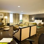 Photo of DoubleTree by Hilton Hotel Baltimore - BWI Airport