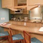 1BR Mainsail kitchen