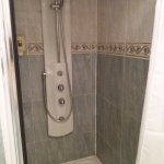 Nice refreshing multijet shower also had a separate bath