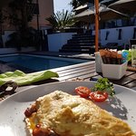 Outdoor breakfast at the Hotel