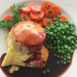 Mini steak and Tanglefoot pie with veg and mash