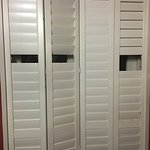 pics of the slats missing from the shutters