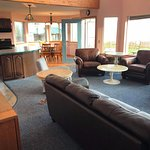 Driftwood Inn & Homer Seaside Lodges resmi