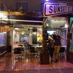 Photo de Sunset St.