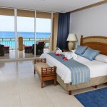 Ocean front family suite