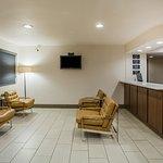 Super 8 Flagstaff Lobby