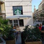 صورة فوتوغرافية لـ Starbucks Pelai