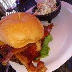 veggie burger with slaw