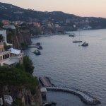 Photo de Hotel Mediterraneo Sorrento