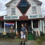 Foto de Good Earth Peanut Company