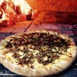 Serrana: muçarela, charque e queijo serrano