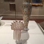 stunning vase and hair piece
