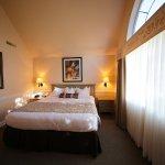 Web King Suite Bedroom