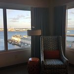 Seaport Boston Hotel resmi