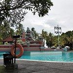 Ramada Bintang pool