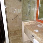 onyx tile shower and wash sink