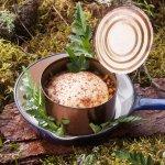 тирамису из томленной утки и медового хлеба