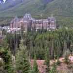 Money shot - the glorious Fairmont Banff Springs