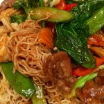 Noodles with beef, chicken and shrimp