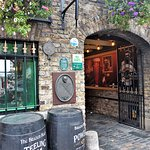 Brazen Head Pub. Great food, service and atmosphere!