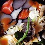 Sushi-tonijn-zalm-nori-avocado-gember-soya-bosui-wasabi