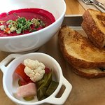 Mercantile Dining and Provisionの写真