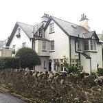 Longmead House resmi