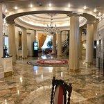 Carlton Hotel Photo