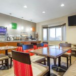 Photo de Comfort Inn & Suites San Francisco Airport WEST