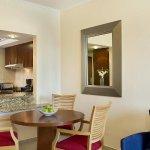 Photo de Marriott Executive Apartments Dubai, Green Community
