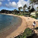 NARROW BEACH, BENIGN WATER CONDITIONS