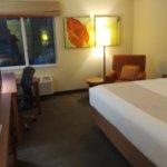 Photo de La Quinta Inn & Suites Miami Cutler Bay