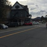 Photo de Adirondack Hotel on Long Lake