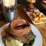 Sunday Roast and the Mam Tor Burger - Delicious