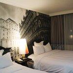 Renaissance Manchester City Centre Hotel Photo