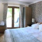 Bedroom with En Suite at Cysgod Bach