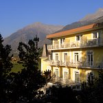 Villa Tivoli in der Morgensonne.