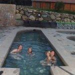 et bains d'eau chaude sulfureuse à 37° en fin de séjoure