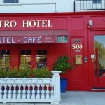 Metro Hotel & Cafe Foto