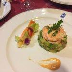 Avocado & shrimp salada