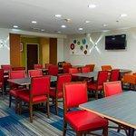 Bild från Holiday Inn Express Hotel & Suites Kinston