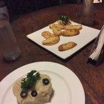 Mash Potatoes and Garlic Bread