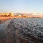 Photo de Aparthotel Fontanellas Playa