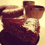 Bezlepkový čokoládo-mandlový koláč